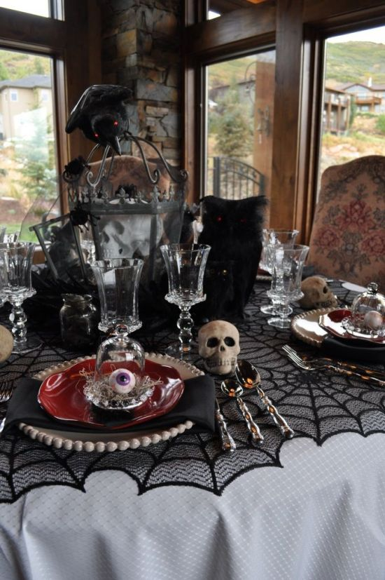 black themed spooky halloween dining room decor - Scary Halloween House Decorations