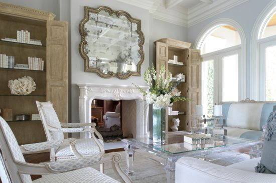 Classic Living Room Decor With An Antique Mirror