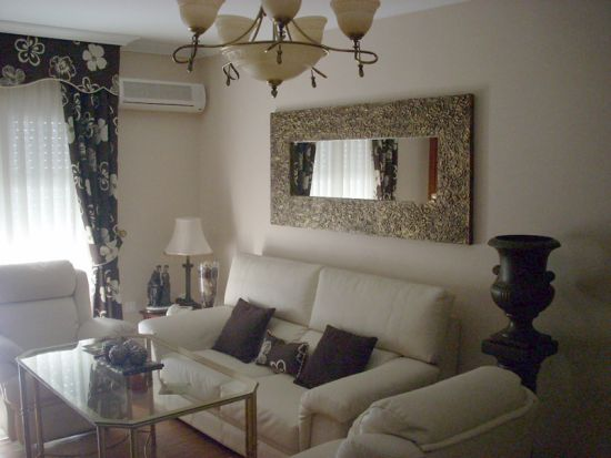 Living room decorating ideas with mirrors ultimate home for Big wall mirror for living room