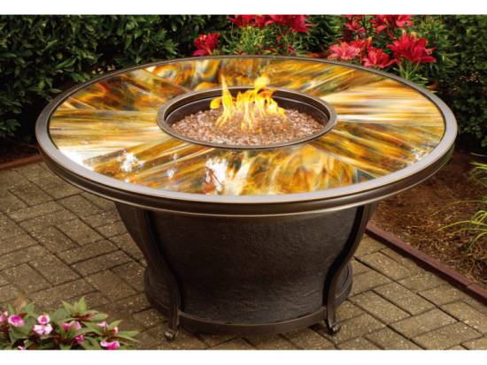 Romantic Natural Gas Fire Pit Table