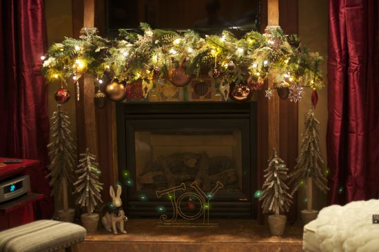 Mantel Christmas Decor