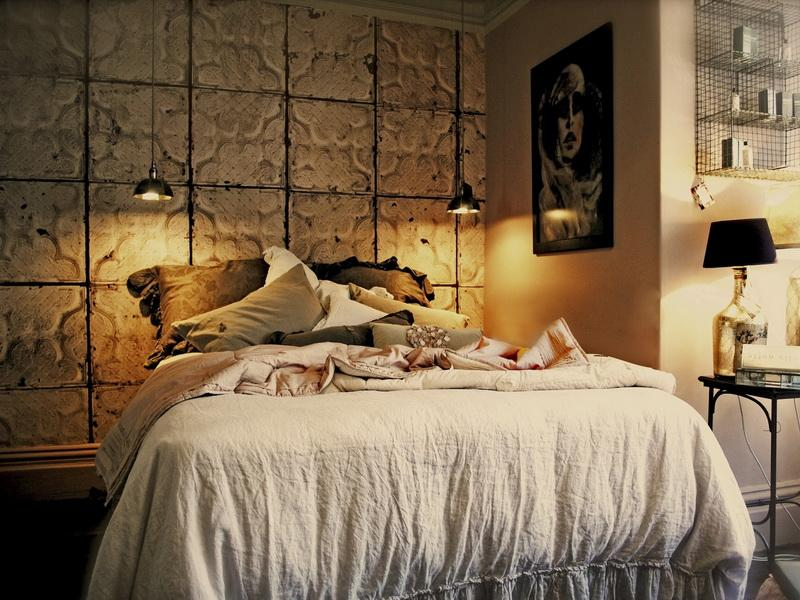 How to create a stunning accent wall in your bedroom for Bedroom designs tiles