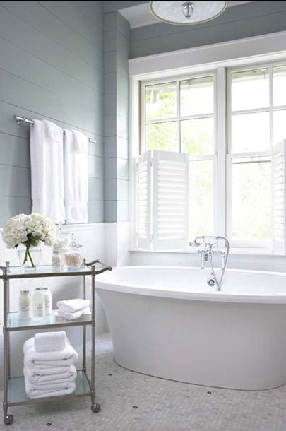 Creative window treatment ideas for your bathroom for Bathroom rehab ideas